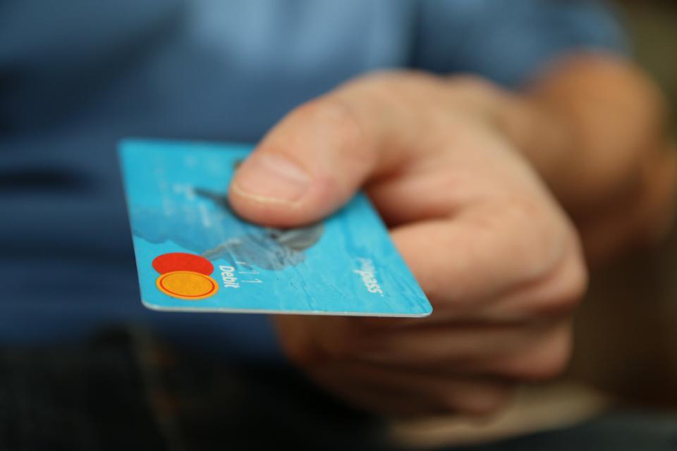 デビットカードで支払い